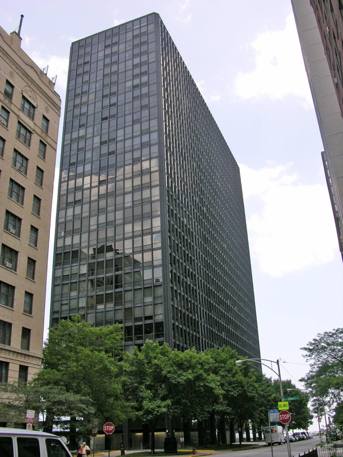 900 North Lake Shore Drive, Chicago, Illinois