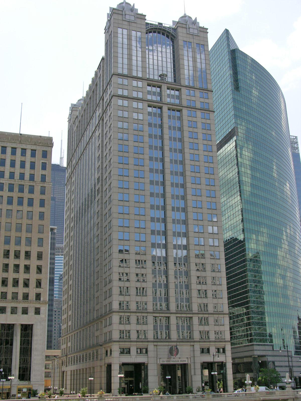 225 West Wacker Drive, Chicago, Illinois
